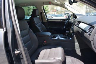 2015 Volkswagen Touareg Sport Naugatuck, Connecticut 9