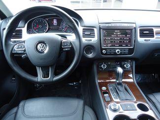 2015 Volkswagen Touareg Lux SEFFNER, Florida 28