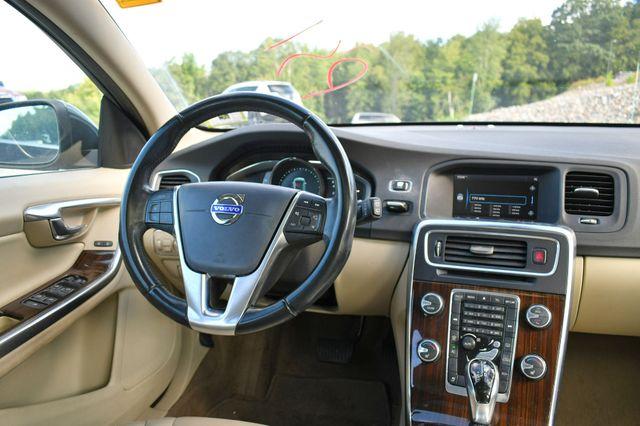 2015 Volvo V60 T5 Drive-E Premier Naugatuck, Connecticut 17