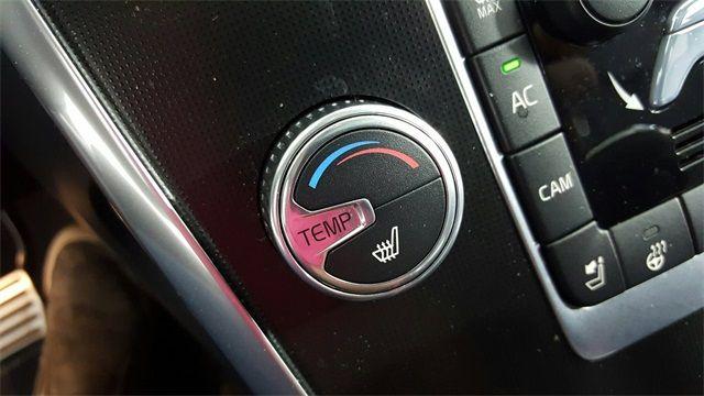 2015 Volvo XC60 T6 R-Design Platinum in McKinney, Texas 75070
