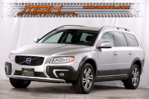 2015 Volvo XC70 3.2L Premier Plus - AWD - Back up camera 3.2L I6 in Los Angeles