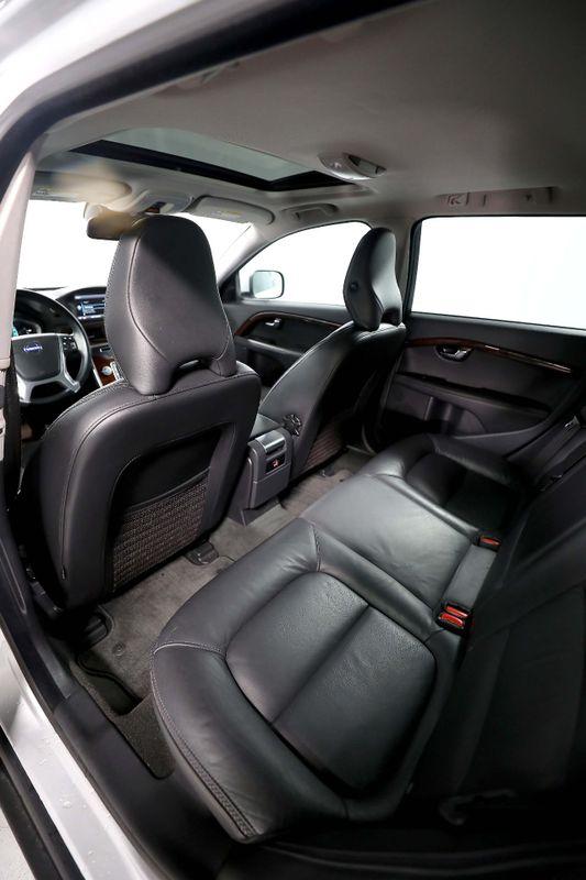 2015 Volvo XC70 32L Premier Plus - AWD - Back up camera 32L I6  city California  MDK International  in Los Angeles, California