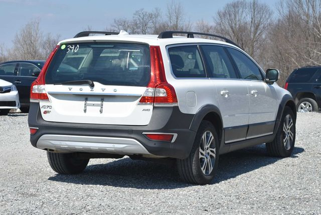 2015 Volvo XC70 3.2L Naugatuck, Connecticut 4
