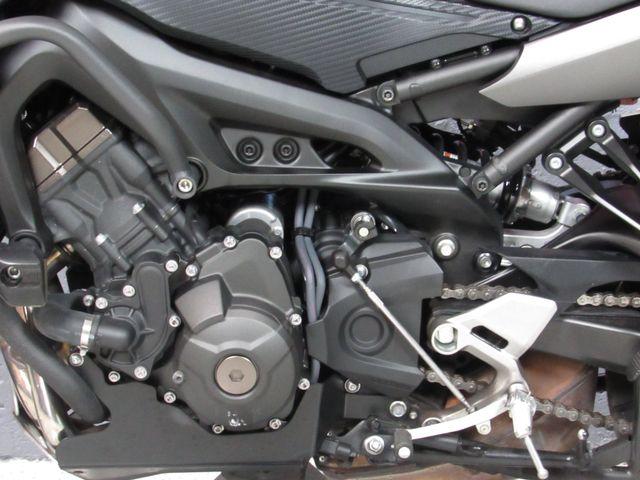 2015 Yamaha FJ09 in Dania Beach , Florida 33004