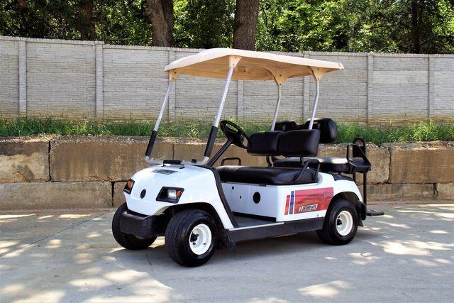2015 Yamaha Golf Cart w/Six Brand New Batteries $4,000