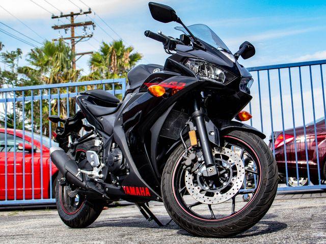 2015 Yamaha R3 Burbank, CA 3
