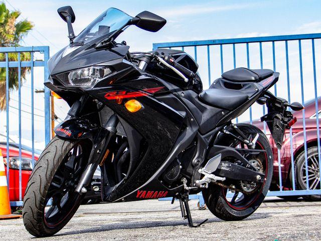 2015 Yamaha R3 Burbank, CA 4