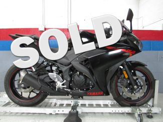 2015 Yamaha YZFR3 in Dania Beach , Florida 33004