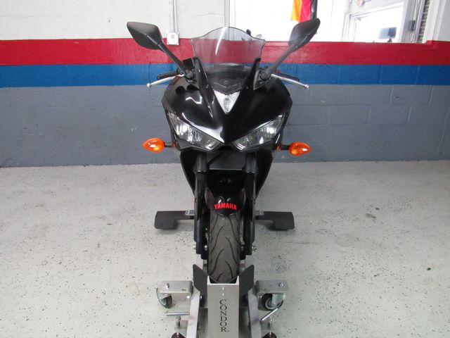 2015 Yamaha YZFR3 in Dania Beach , Florida 33004