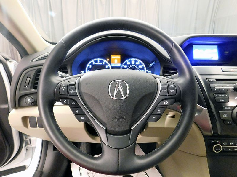 2016 Acura ILX   city Ohio  North Coast Auto Mall of Cleveland  in Cleveland, Ohio