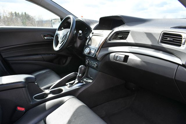 2016 Acura ILX w/Premium Pkg Naugatuck, Connecticut 3