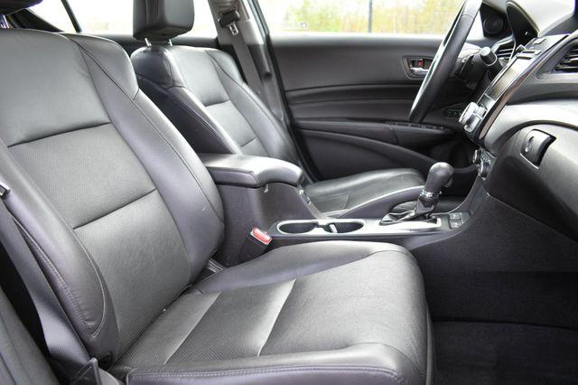2016 Acura ILX w/Premium Pkg Naugatuck, Connecticut 10