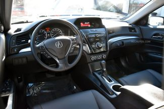 2016 Acura ILX 4dr Sdn Waterbury, Connecticut 13