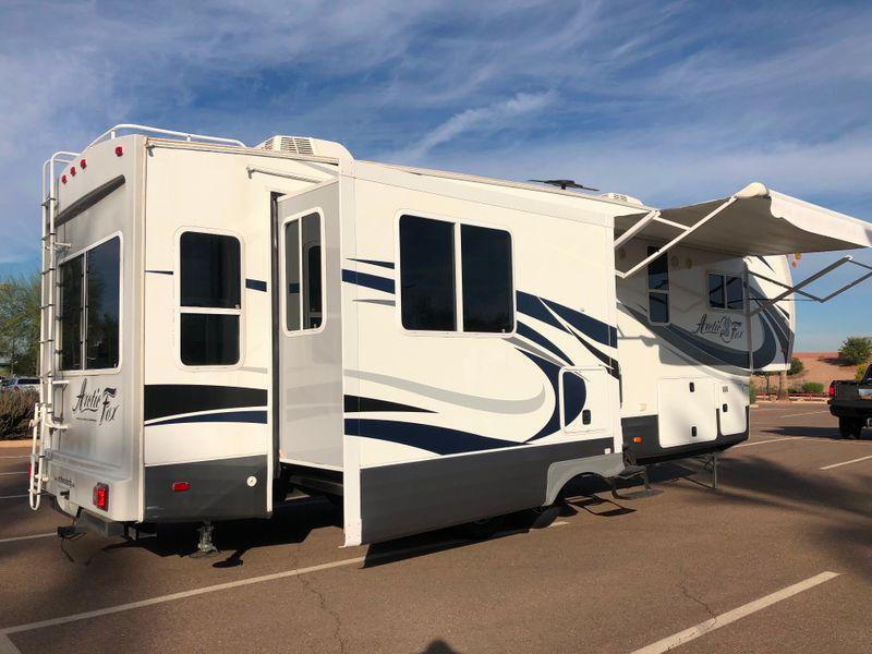 2016 Arctic Fox 32-5M   in Avondale, AZ
