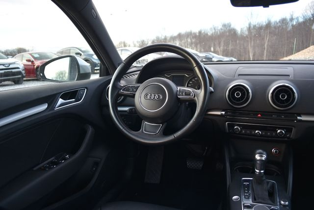 2016 Audi A3 e-tron Premium Naugatuck, Connecticut 13