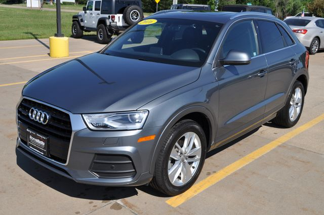 2016 Audi Q3 Premium Plus Bettendorf, Iowa 18