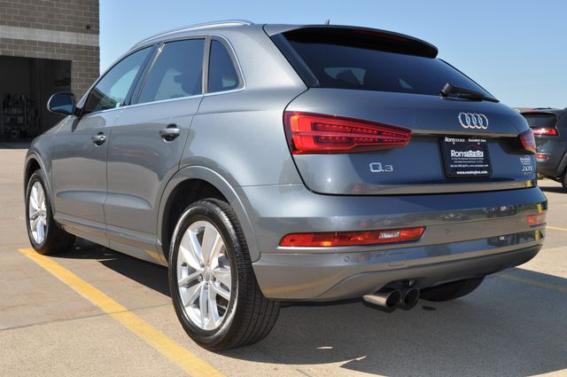 2016 Audi Q3 Premium Plus Bettendorf, Iowa 16