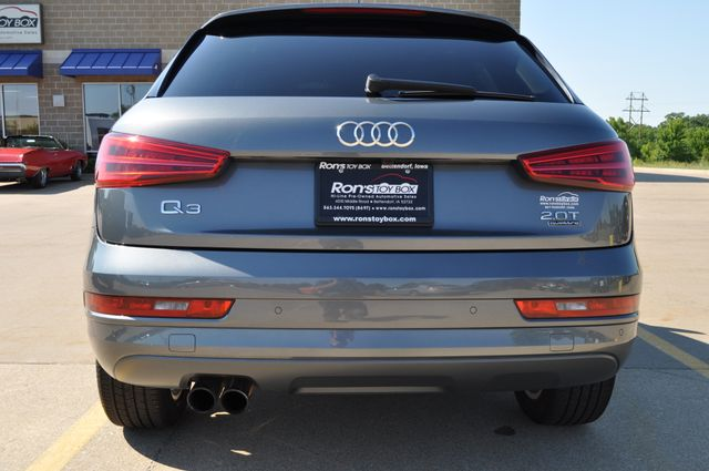 2016 Audi Q3 Premium Plus Bettendorf, Iowa 5