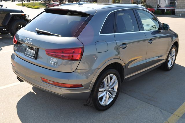 2016 Audi Q3 Premium Plus Bettendorf, Iowa 6