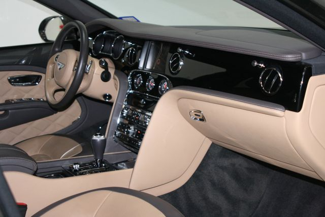 2016 Bentley Mulsanne Speed Houston, Texas 32