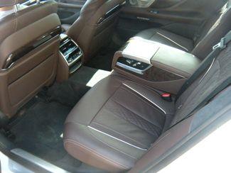 2016 BMW 7-Series 750xi Chesterfield, Missouri 14