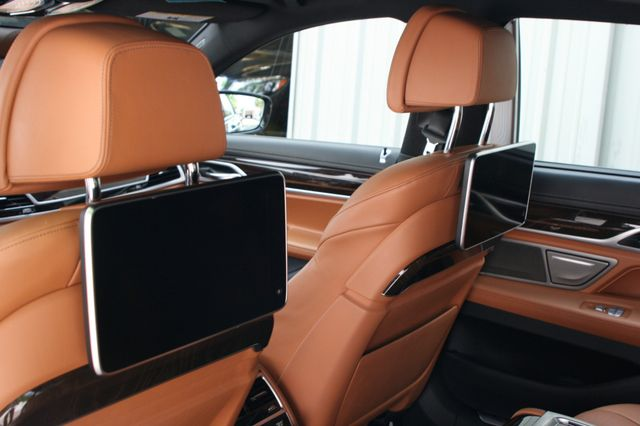 2016 BMW 740i Houston, Texas 15