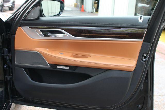 2016 BMW 740i Houston, Texas 22