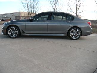 2016 BMW 750i xDrive Chesterfield, Missouri 3
