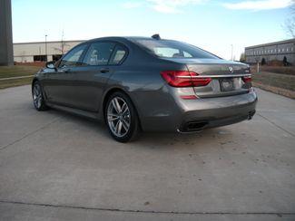 2016 BMW 750i xDrive Chesterfield, Missouri 4