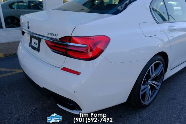 2016 BMW 750i xDrive SUNROOF NAVIGATION in Memphis, Tennessee 38115