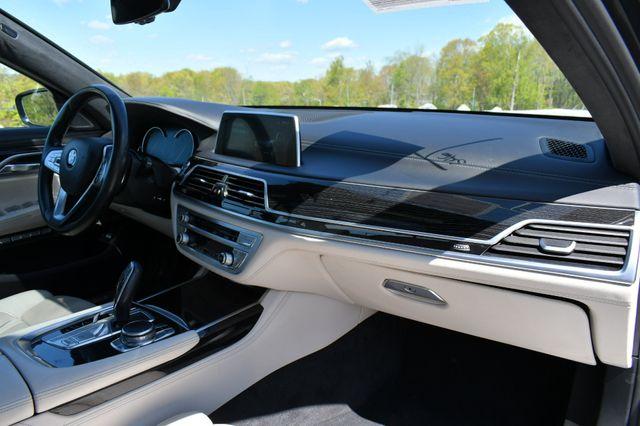 2016 BMW 750i xDrive Naugatuck, Connecticut 11