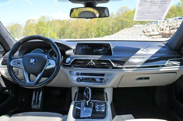 2016 BMW 750i xDrive Naugatuck, Connecticut 18