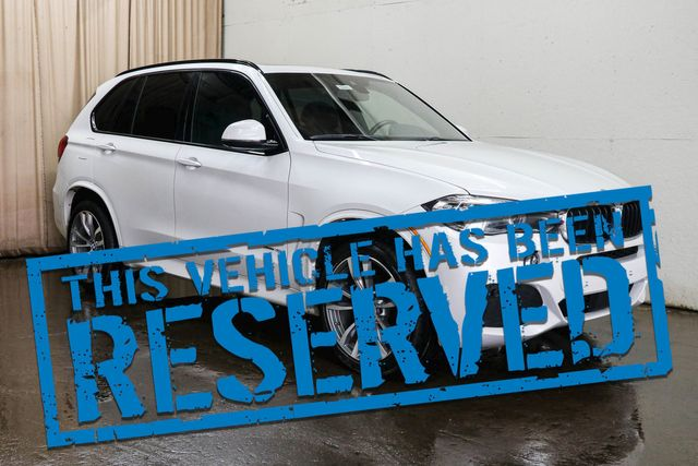 "2016 BMW X5 xDrive35i AWD Luxury SUV with M-Sport Pkg, Nav, 360º Cam, Panoramic Roof & 20"" Wheel Pkg"