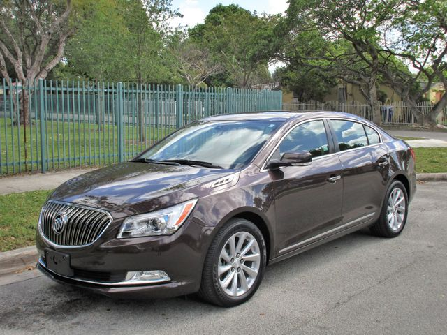2016 Buick LaCrosse Leather in Miami, FL 33142