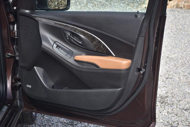 2016 Buick LaCrosse Premium II Naugatuck, Connecticut 10