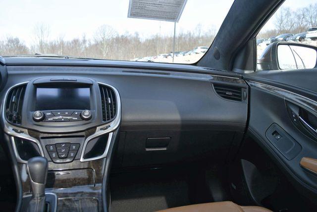 2016 Buick LaCrosse Premium II Naugatuck, Connecticut 17