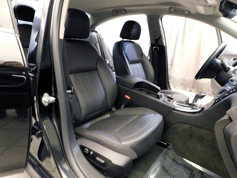 2016 Buick Regal Premium II  city Ohio  North Coast Auto Mall of Cleveland  in Cleveland, Ohio