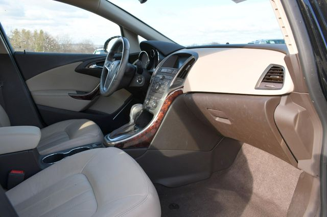 2016 Buick Verano Leather Group Naugatuck, Connecticut 8