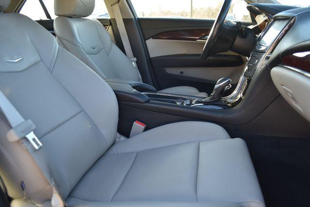 2016 Cadillac ATS Sedan Luxury Collection Naugatuck, Connecticut 9