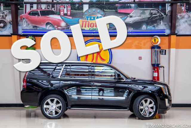 2016 Cadillac Escalade Luxury Collection in Addison, Texas 75001