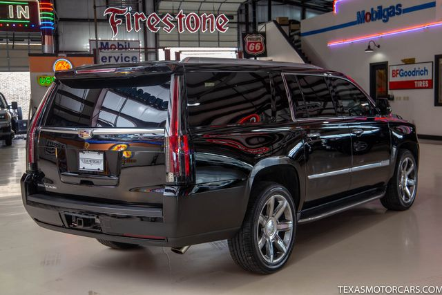 2016 Cadillac Escalade ESV Luxury Collection in Addison, Texas 75001