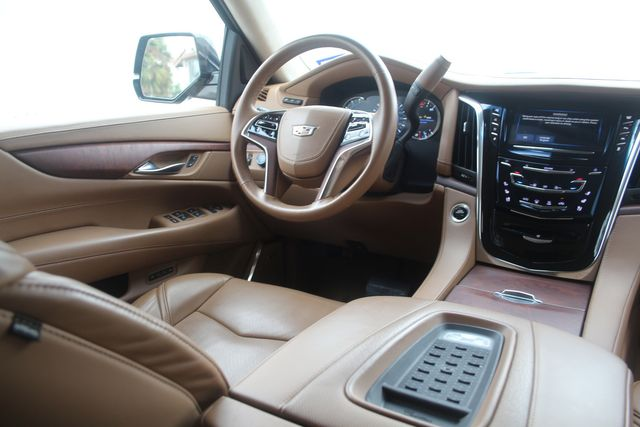 2016 Cadillac Escalade ESV Platinum Houston, Texas 20