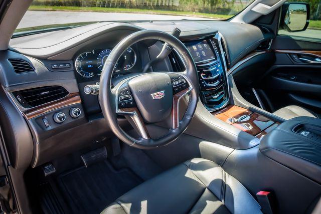 2016 Cadillac Escalade ESV Luxury Collection in Memphis, TN 38115