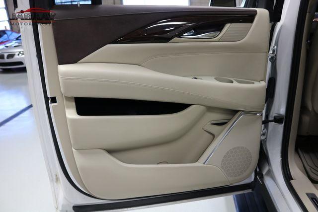 2016 Cadillac Escalade ESV Premium Collection Merrillville, Indiana 31