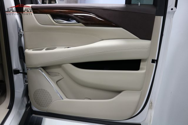 2016 Cadillac Escalade ESV Premium Collection Merrillville, Indiana 32
