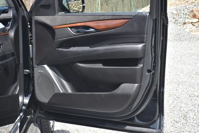 2016 Cadillac Escalade ESV Luxury Collection Naugatuck, Connecticut 10