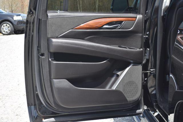 2016 Cadillac Escalade ESV Luxury Collection Naugatuck, Connecticut 13