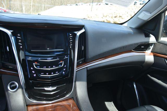 2016 Cadillac Escalade ESV Luxury Collection Naugatuck, Connecticut 24