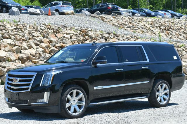 2016 Cadillac Escalade ESV Luxury Collection Naugatuck, Connecticut