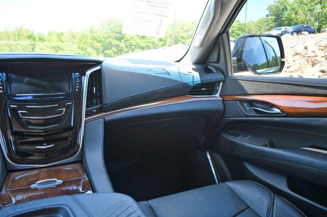 2016 Cadillac Escalade ESV Luxury Collection Naugatuck, Connecticut 18